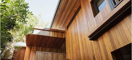 Comment entretenir le bardage bois de sa maison ?
